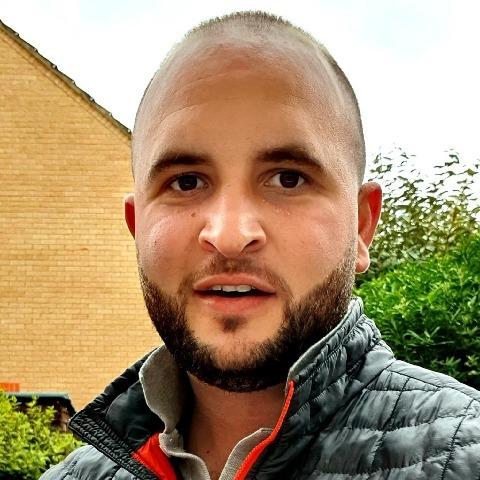 Tibi, 32 éves társkereső férfi - Rugby