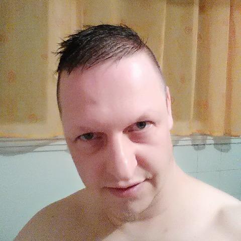 Tomi, 43 éves társkereső férfi - Szekszárd