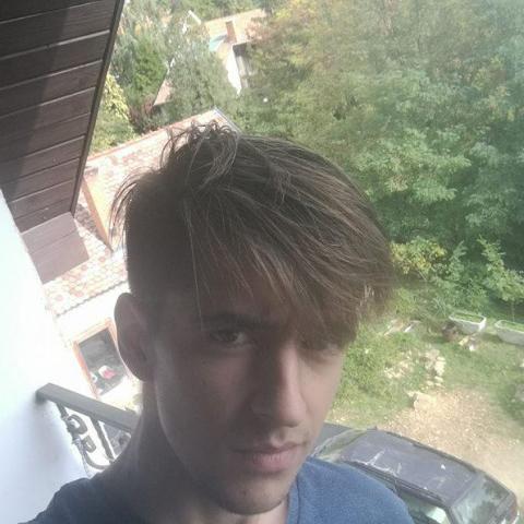 Valentin, 24 éves társkereső férfi - Balassagyarmat