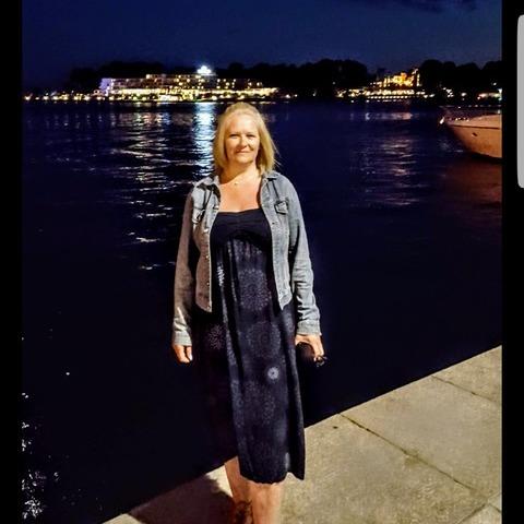Andrea, 51 éves társkereső nő - Gödöllő