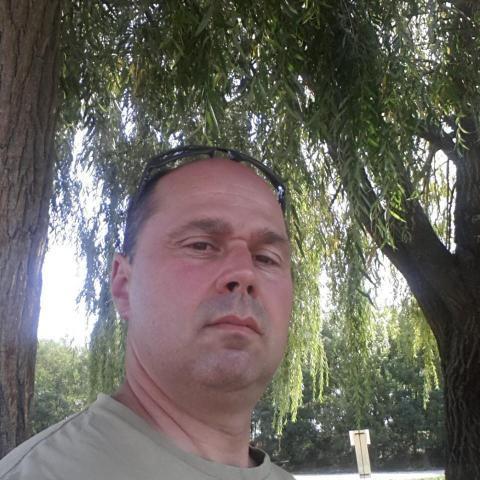 Istvan, 47 éves társkereső férfi - Lábatlan