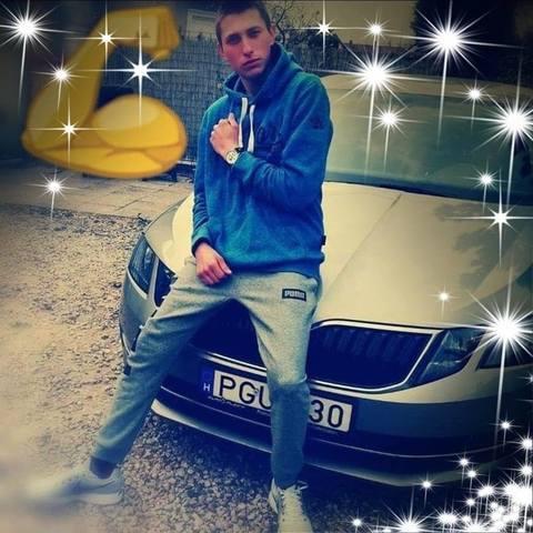 Laci, 19 éves társkereső férfi - Dunaharaszti