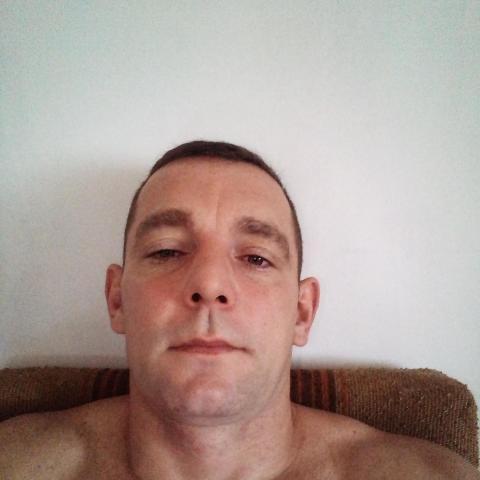 Béci, 38 éves társkereső férfi - Mezőberény