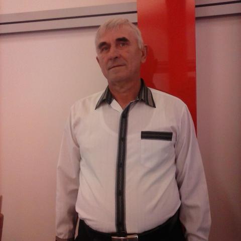 Tibor, 56 éves társkereső férfi - Encsencs