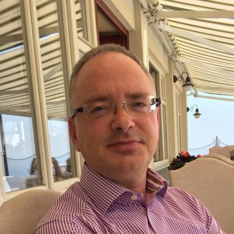 András, 53 éves társkereső férfi - Ásványráró