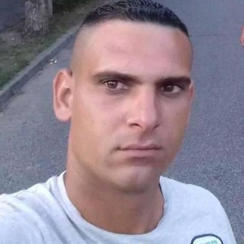 Zoltan, 34 éves társkereső férfi - Abádszalók