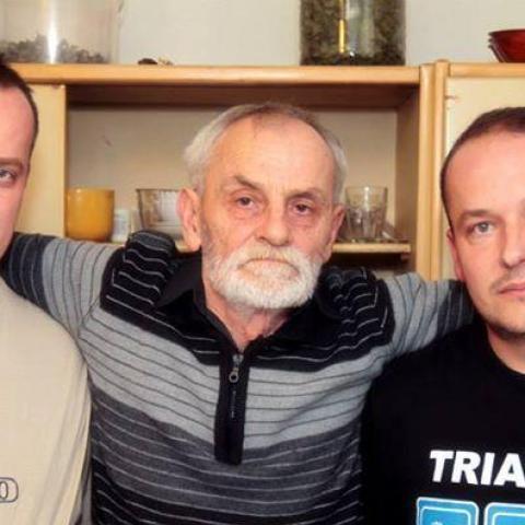 István, 73 éves társkereső férfi - Szendehely