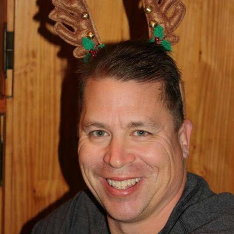 Bence, 51 éves társkereső férfi - New York