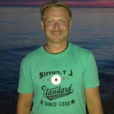 Attila, 37 éves társkereső férfi - Csantavér