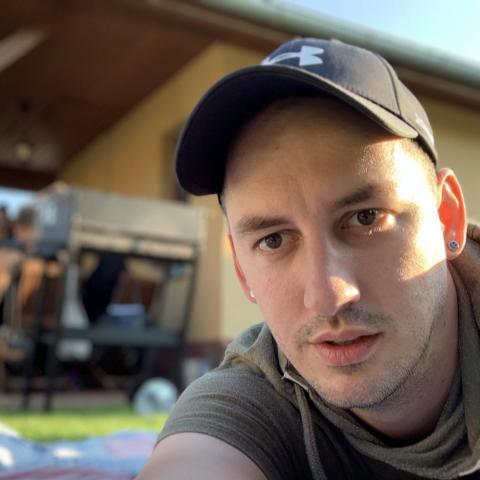 Dávid, 30 éves társkereső férfi - Komárom