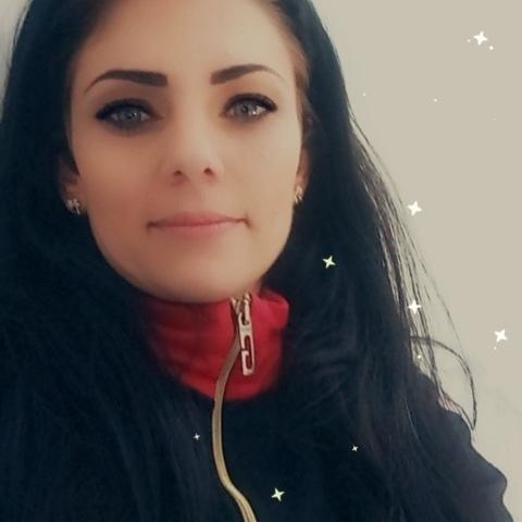 Laura, 31 éves társkereső nő - Üllő