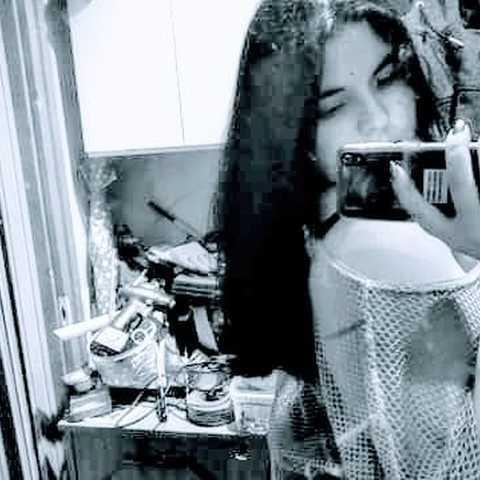 Renáta, 19 éves társkereső nő - Dunaújváros