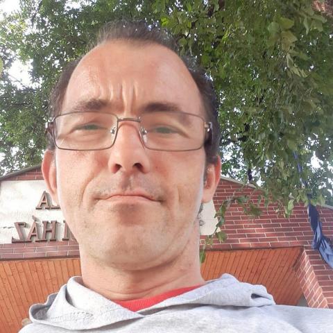 Csaba, 40 éves társkereső férfi - Balkány