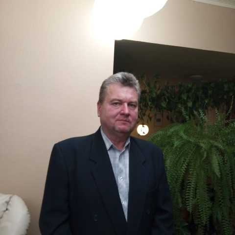 Imre, 60 éves társkereső férfi - Tiszacsege