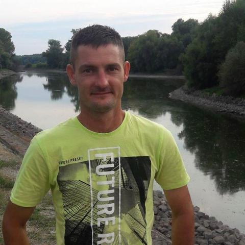 János, 34 éves társkereső férfi - Kunadacs