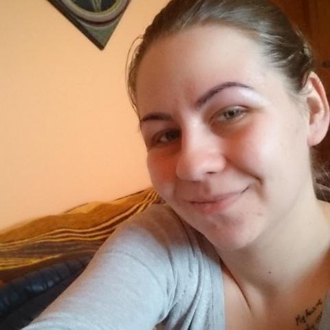 Hajnalka, 22 éves társkereső nő - Nyíregyháza