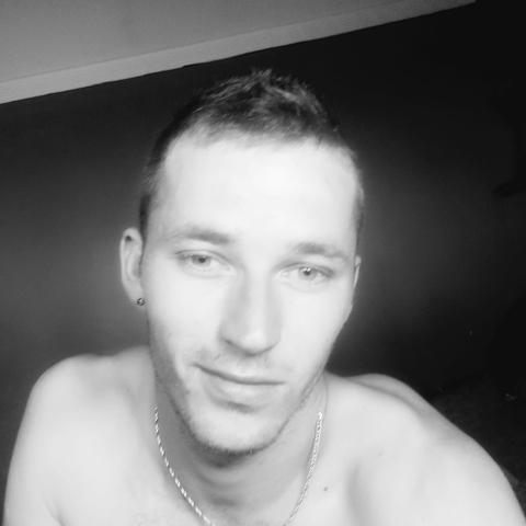 David, 25 éves társkereső férfi - Albertirsa