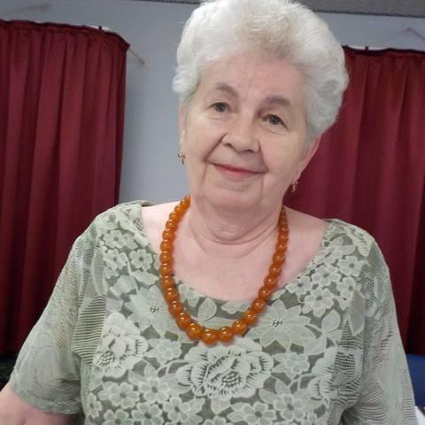 Rozika, 77 éves társkereső nő - Debrecen