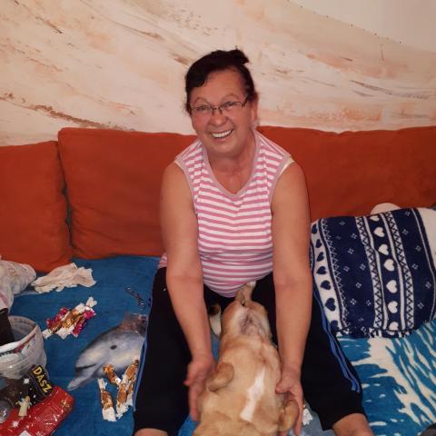 Rozália, 66 éves társkereső nő - Hatvan