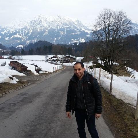 Krisztián , 27 éves társkereső férfi - Debrecen