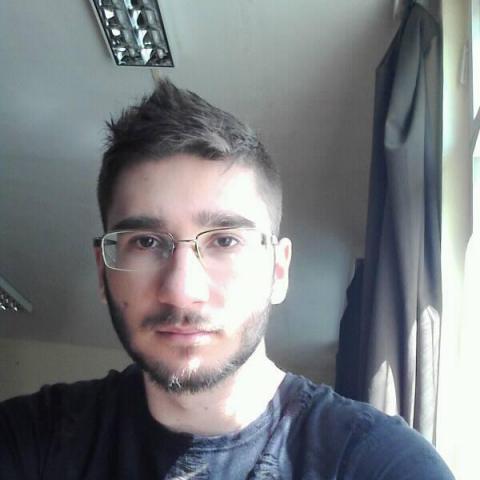Gábor, 24 éves társkereső férfi - Miskolc
