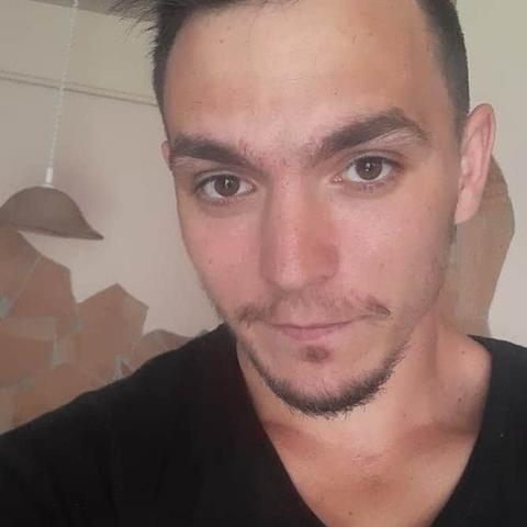 Viktor, 27 éves társkereső férfi - Hajdúszoboszló