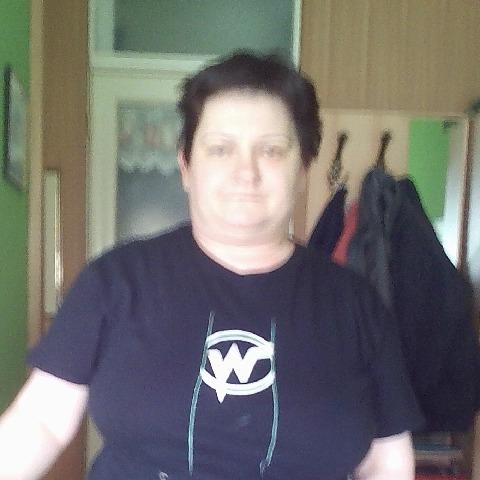 csilla, 43 éves társkereső nő - Budapest