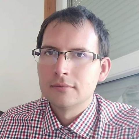 Tamás Gergely, 34 éves társkereső férfi - Paks