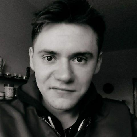 András, 26 éves társkereső férfi - Gesztely