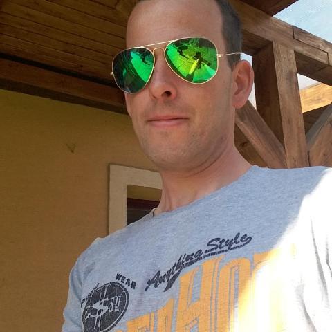 Roland, 33 éves társkereső férfi - Érsekvadkert