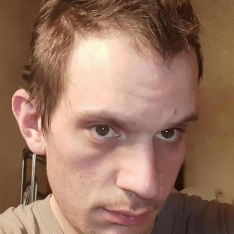 Gábor, 30 éves társkereső férfi - Kisecset