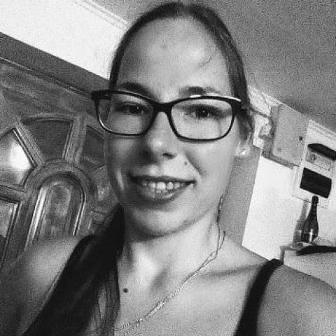 Kata, 27 éves társkereső nő - Nagykanizsa