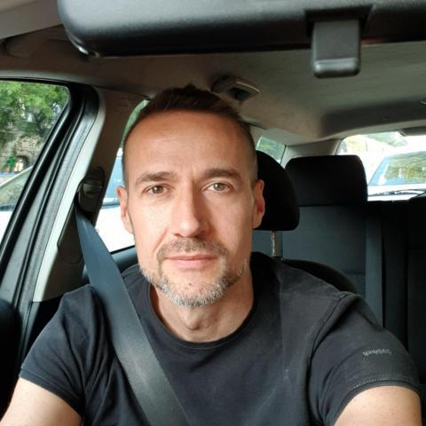 János, 42 éves társkereső férfi - Budapest