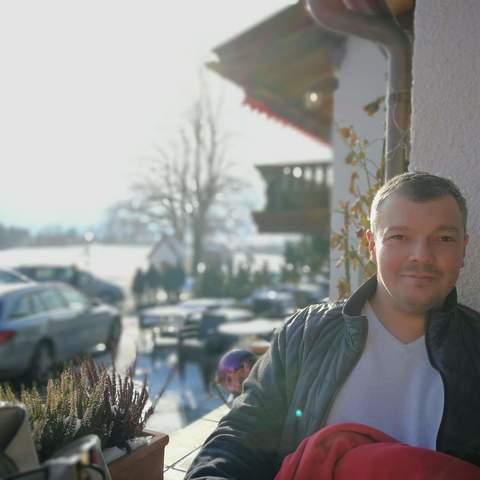 József, 40 éves társkereső férfi - Kössen