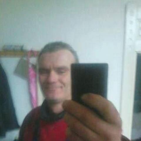 Sanyi, 38 éves társkereső férfi - Debrecen