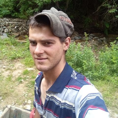 Mihaly, 17 éves társkereső férfi - Csikszentamasi