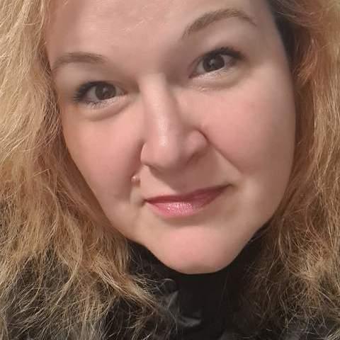 Lena, 47 éves társkereső nő - Debrecen