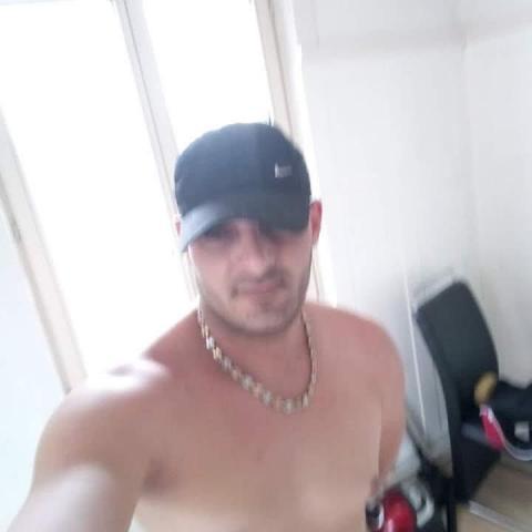 Akos, 37 éves társkereső férfi - Rétság