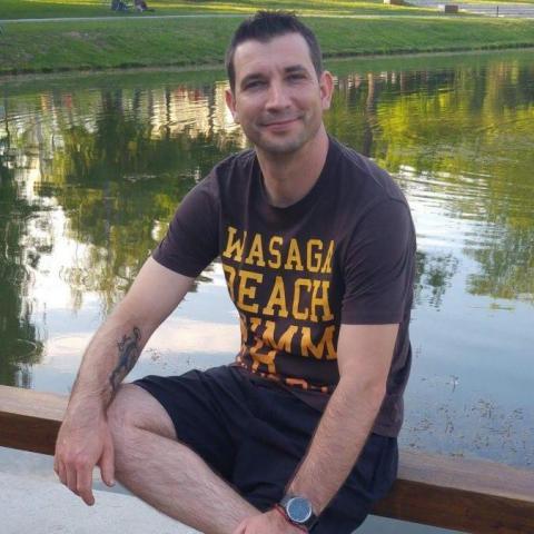 Péter, 40 éves társkereső férfi - Debrecen