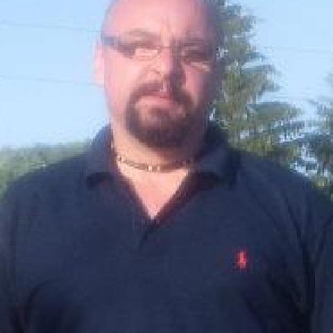 István, 43 éves társkereső férfi - Ózd