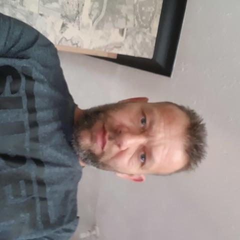 Peter, 47 éves társkereső férfi -