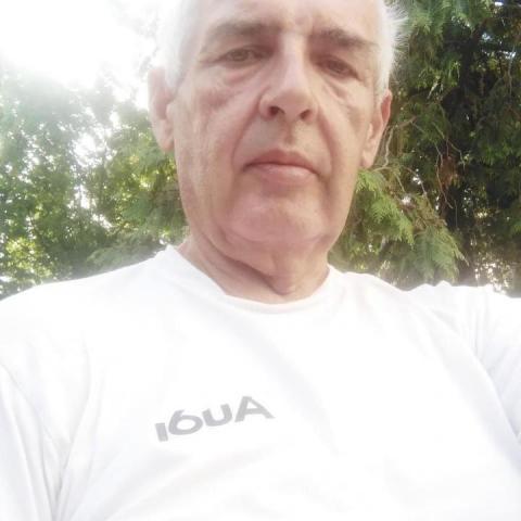 Laszlo, 60 éves társkereső férfi - Győr
