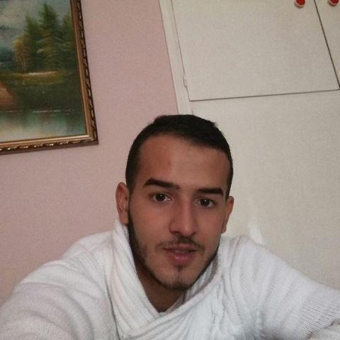 Patrik, 23 éves társkereső férfi - Debrecen