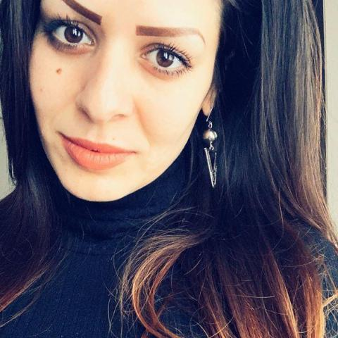 Mátrai, 27 éves társkereső nő - Miskolc