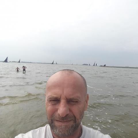 Tibor, 49 éves társkereső férfi - Mohora