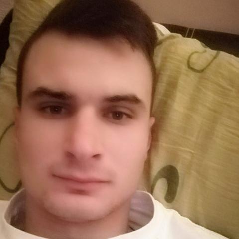 Tibor, 24 éves társkereső férfi - Mándok