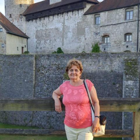 Éva, 73 éves társkereső nő - Pécs