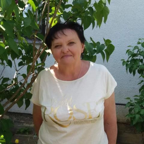 Ildikó, 64 éves társkereső nő - Zalaegerszeg