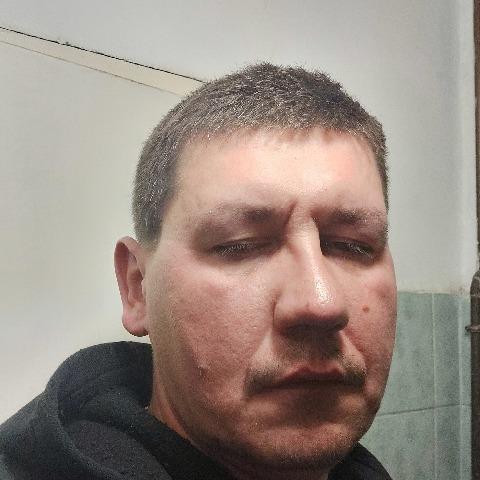 Karesz, 37 éves társkereső férfi - Szekszárd