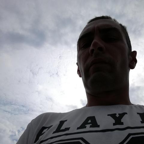 Roland, 33 éves társkereső férfi - Pécs